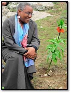 Ambassador Spratlen realized her dream to see the Aigul flower in Batken
