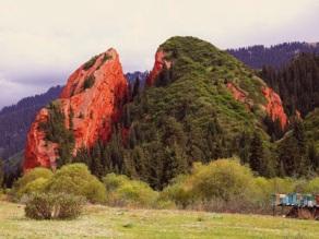 Jeti-Oguz Rocks 4