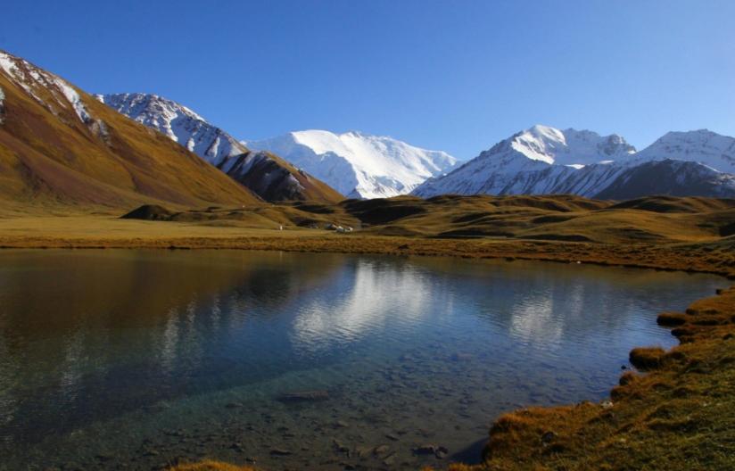 Lake Tulpar-Kol 1