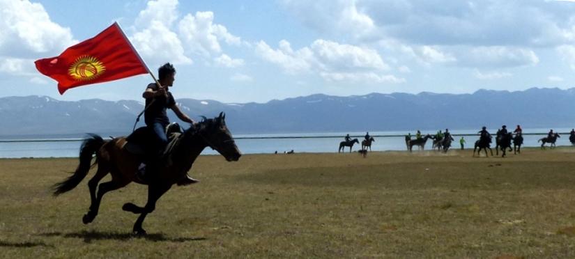 Song Kol Lake 10