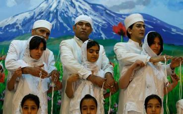 Modern Zoroastrians (2)